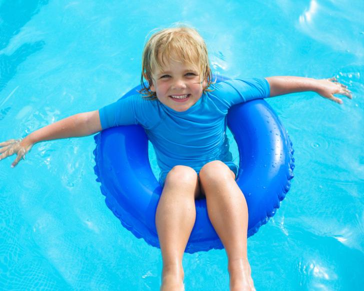 Hoe bruin zwembadwater in zwembad of spa helder maken?